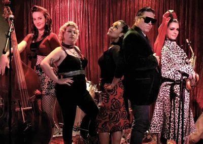 Diddy Reyes, Lady Fox & The Love Bitez